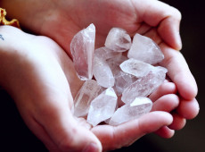 6 Best Crystals for Chronic Pain
