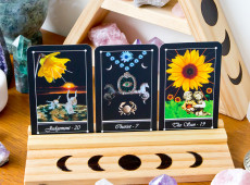 Are Moon Phases Impacting Your Tarot Readings?