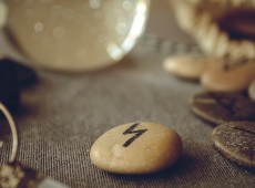 Beneficial Thought: How to Use Rune Stones for Love Readings