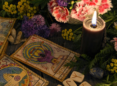 Beneficial Thought: Chakra Spring Cleaning - Using Tarot to Clear Chakras