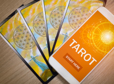 How to Use a Free Online Tarot Reading for Career Success