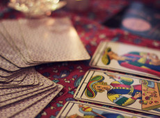 Let Your Tarot Determine Your V-Day-Date
